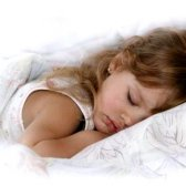 Як навчити дітей засипати вчасно