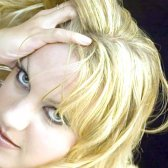 Як знебарвити волосся за допомогою перекису