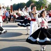 Як взяти участь у Міжнародному фольклорному фестивалі