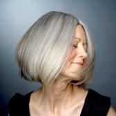 Яка довжина волосся прикрасить 50-річну жінку?