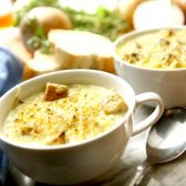 Який смачний суп можна приготувати дуже швидко