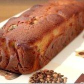 Як зробити мигдальний кекс з чорносливом