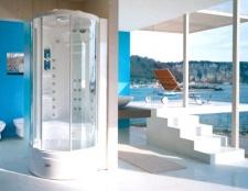 Душова кабіна в інтер'єрі ванної