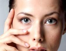 Як швидко зняти запалення на обличчі