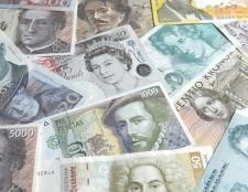 Як дешевше перевезти гроші за кордон
