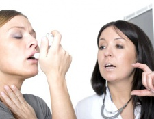 Як лікувати горло від фарингіту