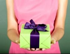 Як незвично подарувати подарунок