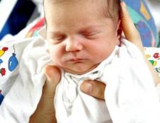 Як відучити новонародженого від рук