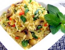 Як приготувати в мікрохвильовій печі рис по-італійськи