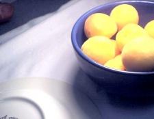 Як приготувати варення з абрикосів з імбиром
