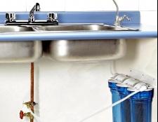 Як зробити водопостачання на дачі своїми руками