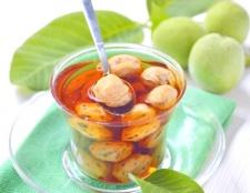 Як варити варення з зелених волоських горіхів