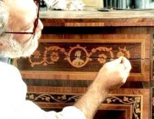 Як відремонтувати старі меблі