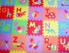 Як вибрати ігровий килимок для дитини