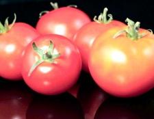 Які томати гарні в теплиці
