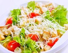 """Приготування салату """"Цезар"""""""