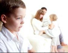 Що робити, якщо дитина ревнує