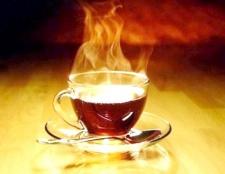 Скільки чаю в день випивати