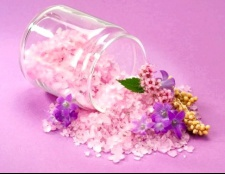 Скраб з солі: популярні рецепти