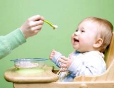 Чим підгодовувати дитину з 7 місяців