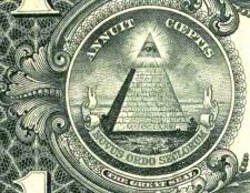 Що означає знак піраміди з оком